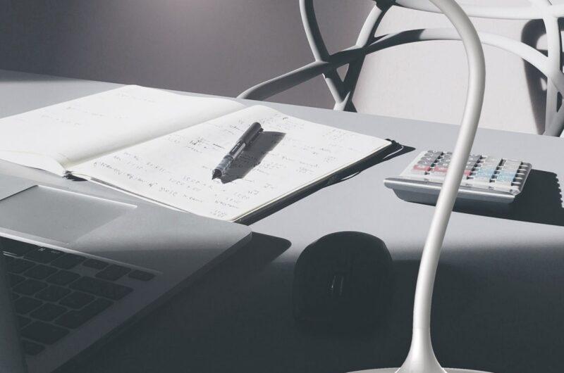 flexo-desk-blanco-led-10w-1000lm-4000k-2